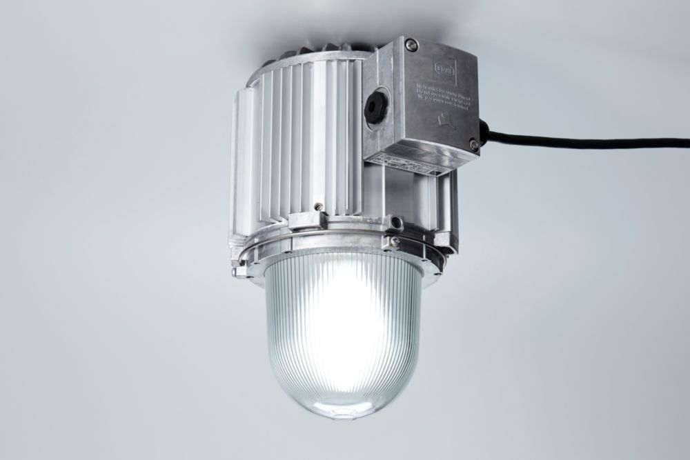 Robust LED pendant lights for hazardous areas