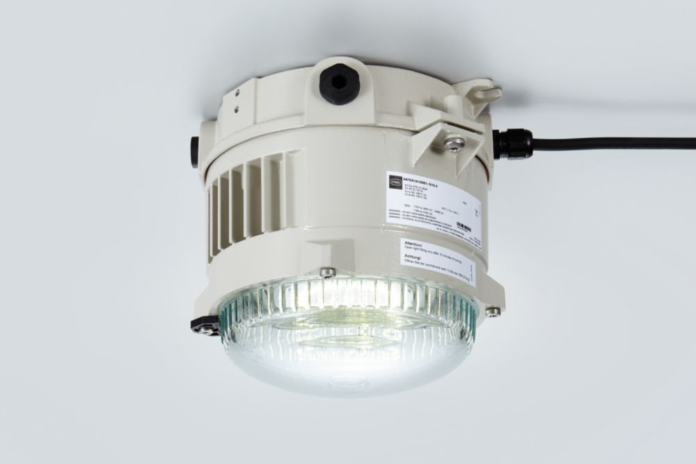 Robust LED pendant lights for hazardous areas